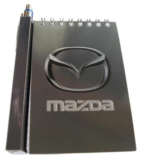 Автомобильный блокнот с магнитом Mazda