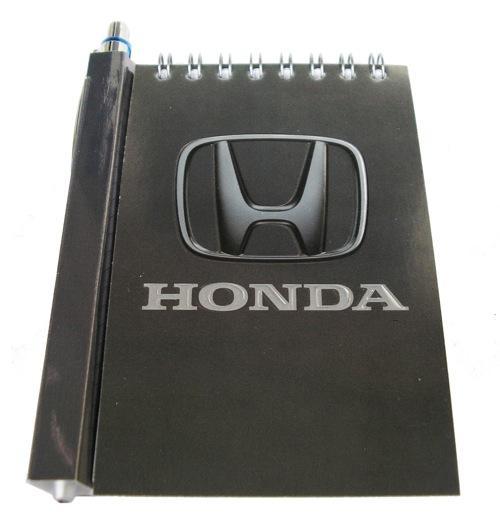 Автомобильный блокнот с магнитом Honda