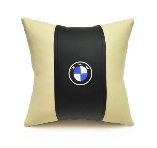 Автомобильная подушка из эко-кожи BMW