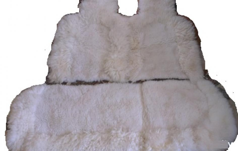 Натуральный меховой чехол из овчины белого комбинированный ворс (На заднее сидение)
